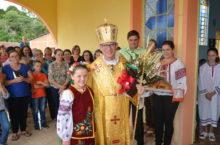 Metropolita visitou três comunidades da Paróquia de Iracema